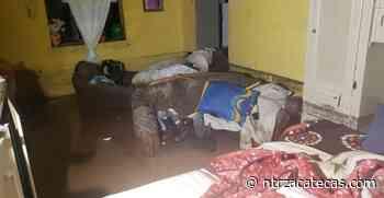Habitantes de Miguel Auza pierden todo a causa de las lluvias - NTR Zacatecas .com