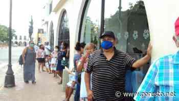 Un centenar de personas se reúne en banco de Izamal sin respetar sana distancia - PorEsto