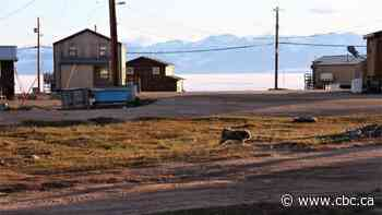Pond Inlet man charged after allegedly pouring gasoline and lighting home on fire - CBC.ca