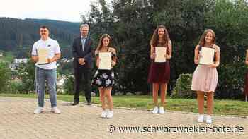 Furtwangen: Abschluss in schwierigen Zeiten - Furtwangen - Schwarzwälder Bote
