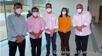 Prefeito de Serra Talhada participa da inauguração do Hospital de Campanha - NE10 Interior