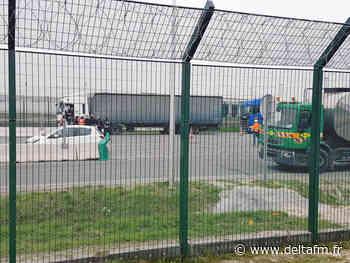 6 migrants retrouvés dans un camion frigorifique - Delta FM