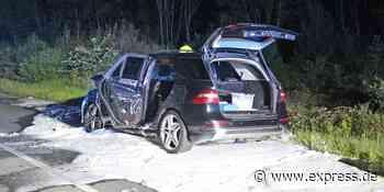 Ratingen: Mercedes-SUV brennt an der Autobahn A52 ab - EXPRESS