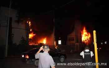 Queman edificios de gobierno en Delicias durante manifestación - El Sol de Parral