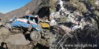 11 personas mueren tras despiste de combi en Santiago de Chuco - La Industria.pe