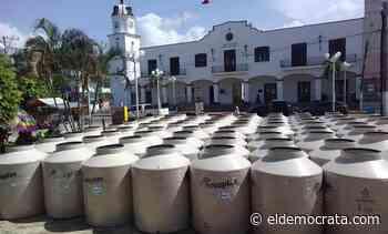 Familias de Catemaco reciben apoyos para almacenar agua - El Demócrata