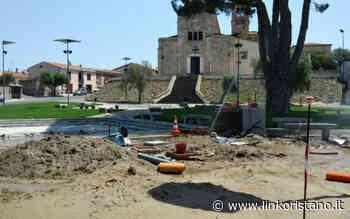 Cantiere aperto nella piazza della basilica di Santa Giusta: cancellata sul sagrato - LinkOristano.it - Linkoristano.it