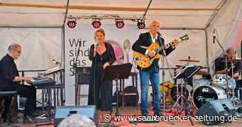 Chansons lockten ins Salzbrunnenhaus Sulzbach - Saarbrücker Zeitung
