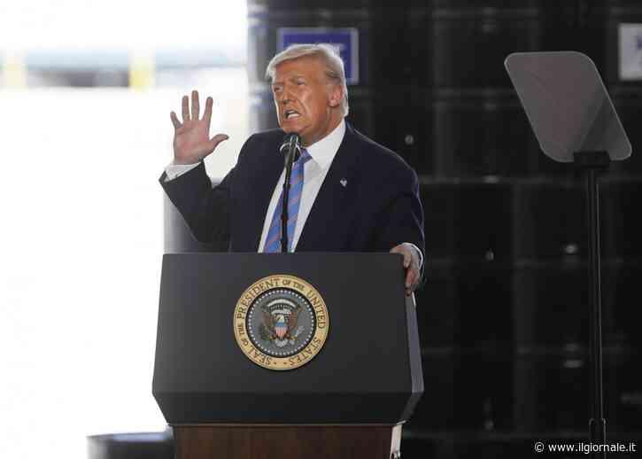 Donald Trump apre all'ipotesi del rinvio del voto