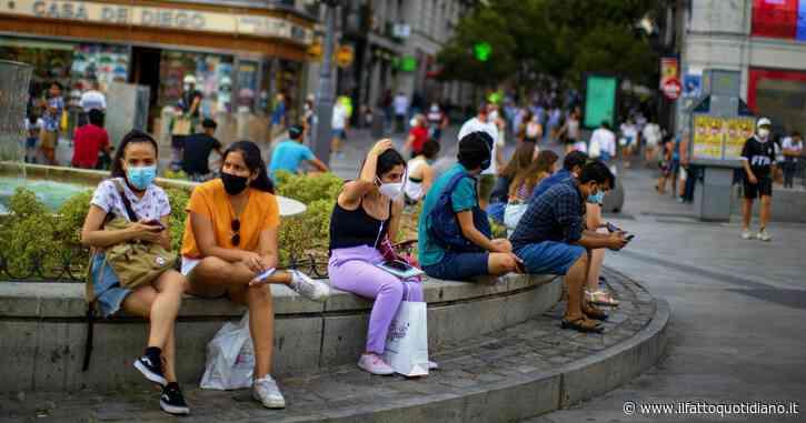 Coronavirus, torna la paura in Europa. In Spagna 1.153 casi: numero più alto dal 1 maggio. Germania, 902 positivi: superata la soglia critica in Baviera. Romania prima in Ue per numero di decessi ogni mille abitanti