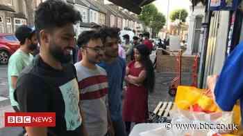 International students turn to food banks in lockdown