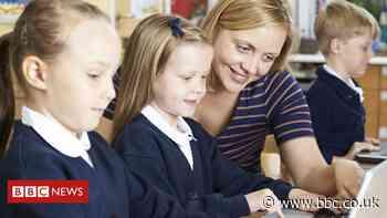 Coronavirus: 'Teacher training application rise' during lockdown