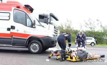 Motociclista fica ferido após colisão com caminhão na PR-323, em Umuarama - CGN
