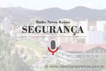 Mulher é detida com drogas nas partes intimas, em Indaial - Radio Nereu Ramos 760 AM - Radio Nereu Ramos