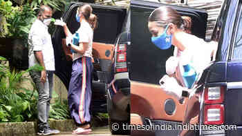 Alia Bhatt goes back to work amid COVID-19 pandemic, gets papped clad in casuals and safety gear outside a dubbing studio