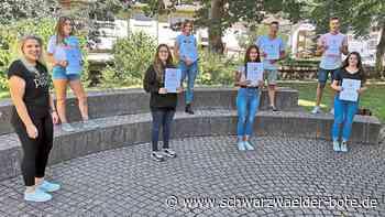 Sulz a. N.: Alle 80 Absolventen haben bestanden - Sulz a. N. - Schwarzwälder Bote