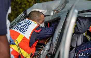 Val-d'Oise. La voiture termine sur le toit à Parmain, la conductrice hospitalisée - La Gazette du Val d'Oise - L'Echo Régional