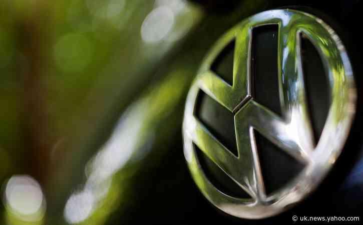 VW asks U.S. appeals court to reconsider ruling on diesel emissions updates