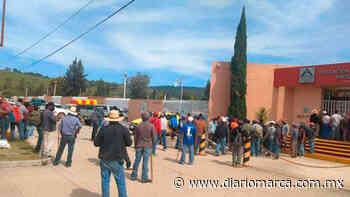 Comuneros de San Miguel del Progreso retienen a edil de Tlaxiaco - Diario Marca de Oaxaca