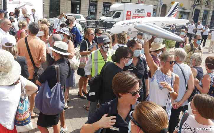 Vidéo. Fin de la navette Bordeaux-Orly : les salariés d'Air France manifestent à Bordeaux - Sud Ouest