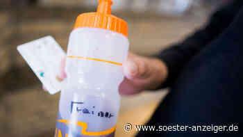 Auf gesperrter Kreisstraße 8 in Ense: Radfahrer wird von Trinkflasche abgelenkt und stürzt - soester-anzeiger.de