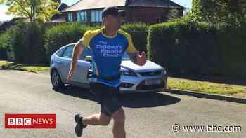 Derbyshire man's half-marathon a day for cancer fundraiser - BBC News