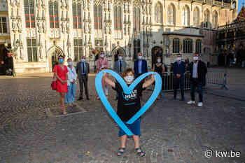 Stadhuis Brugge kleurt blauw in strijd tegen mensenhandel