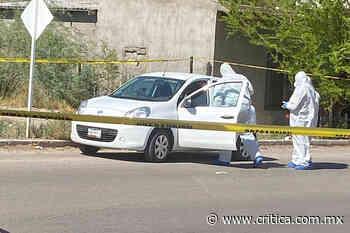 Abandonan vehículo con varios cuerpos en Caborca - Critica