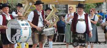 Zum Trost, weil das Volksfest entfällt: Blaskapelle Arnstorf gibt einige Standkonzerte - idowa