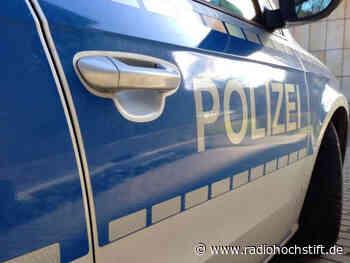 Auto landet auf B252 zwischen Steinheim und Nieheim im Graben - Radio Hochstift