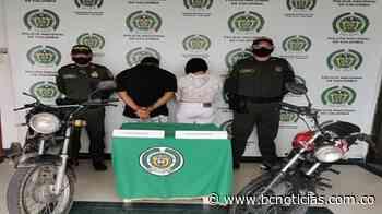 En la vía Chinchiná - Pereira capturaron a una pareja requerida por la justicia - BC Noticias