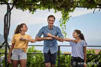 Federer sfida giovani tenniste,match sui tetti Finale Ligure - Liguria - Agenzia ANSA