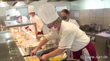 Alltag auf der Raststätte Hegau West: die Küchenmannschaft   Friedrichshafen   SWR Aktuell Baden-Württemberg   SWR Aktuell - SWR