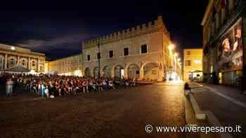 Piazza del Popolo chiusa per il Rof, accesso ai negozi solo con prenotazione - Vivere Pesaro