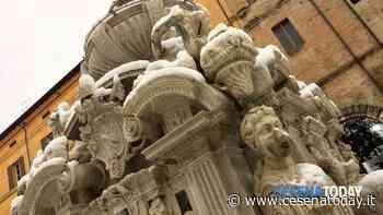 Passeggiata turistica serale alla scoperta delle bellezze di piazza del Popolo - CesenaToday