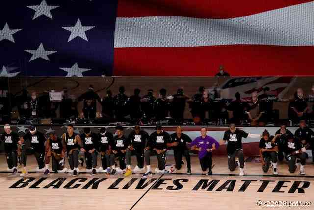 Lakers And Clippers Lock Arms, Kneel During National Anthem