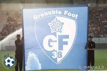 Ligue 2 - Grenoble dévoile ses nouveaux maillots - MaLigue2 - MaLigue2