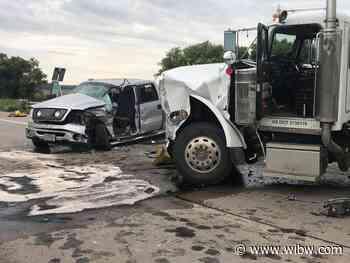 Tecumseh teen seriously injured in 2-vehicle crash on Oakland Expressway - WIBW