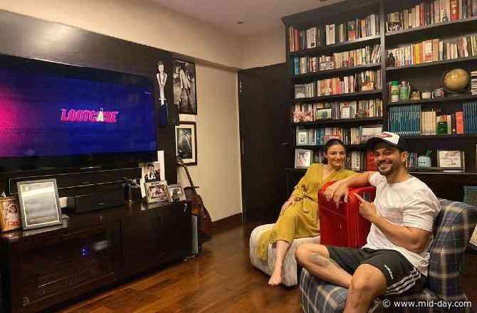 Lootcase: Kunal Kemmu watches his film with 'Pati Patni aur...' Guess who?