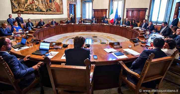 Doppia preferenza, via libera del governo al decreto che introduce la parità di genere nella legge elettorale della Regione Puglia