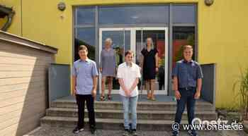 An Mittelschule Schnaittenbach gibt's Zeugnis mit der Schaufel - Onetz.de