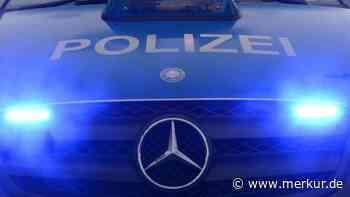 Unterhaching: 19-Jähriger schleudert mit Pkw gegen Werbetafel - Merkur.de
