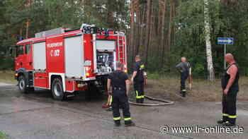Brandbekämpfung: Feuerwehren aus Döbern-Land und Forst im Dauereinsatz - Lausitzer Rundschau