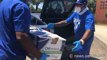 Dodgers deliver thousands of meals to Inglewood and Hawthorne communities - Yahoo News