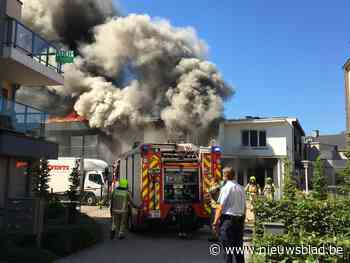 Zware brand vernielt appartementen achter zaal Edma