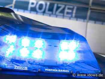 Polizei Moosburg hofft auf Hinweise: Wartehalle mit verfassungsfeindlichem Symbol beschmiert - idowa