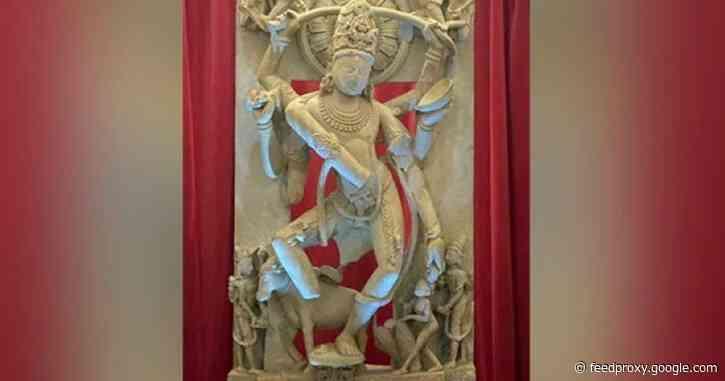 Stolen 9th century Shiva statue returns to India from London