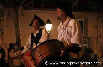 [En images] Les rue en fête à Sisteron - Haute Provence Info - Haute-Provence Info