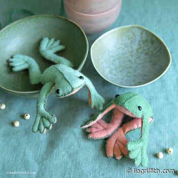 Felt Beanbag Frogs