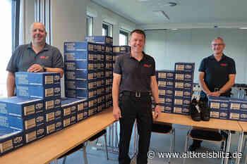 Förderverein beschafft Dienstkleidung für jede Einsatzkraft der Ortsfeuerwehr Lehrte - AltkreisBlitz